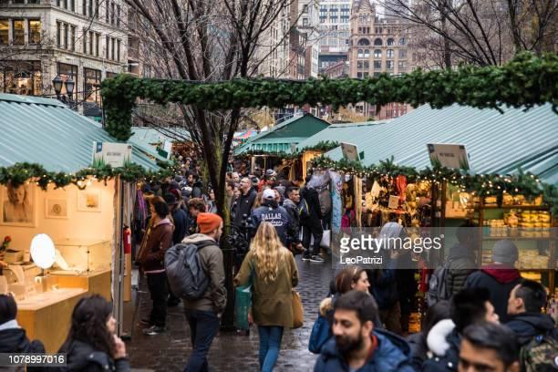米国、ニューヨーク ユニオン スクエアでのクリスマス マーケット - ユニオンスクエア ストックフォトと画像