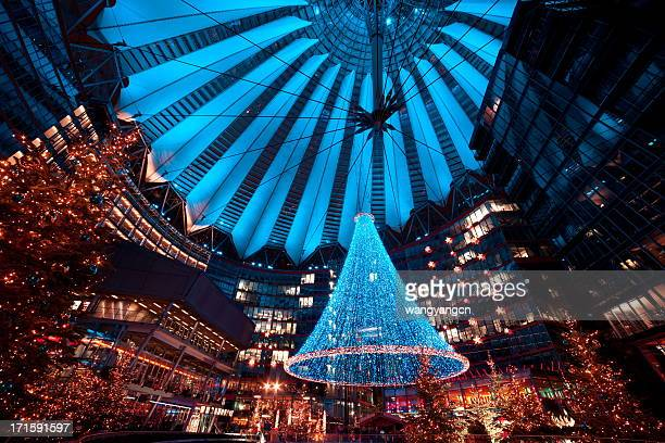 christmas market - sony center berlin stock pictures, royalty-free photos & images