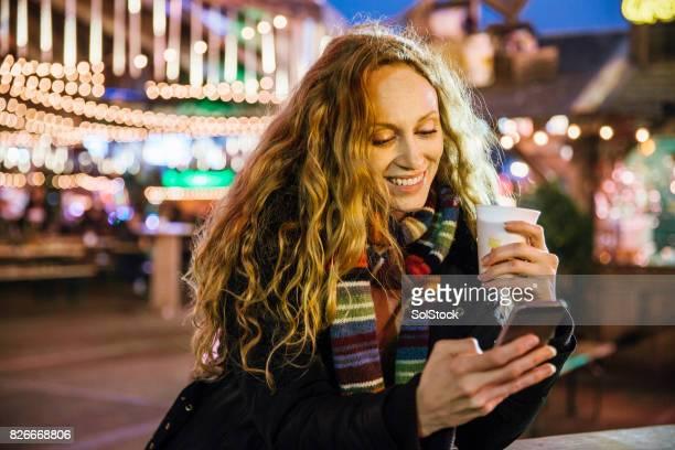クリスマス市場 selfie - 期間限定ショップ ストックフォトと画像