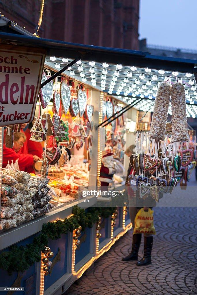 Christmas Market Wiesbaden Sternschnuppenmarkt Stock Photo Getty