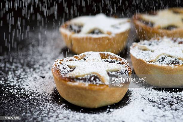 Christmas Mince Pies with Icing Sugar