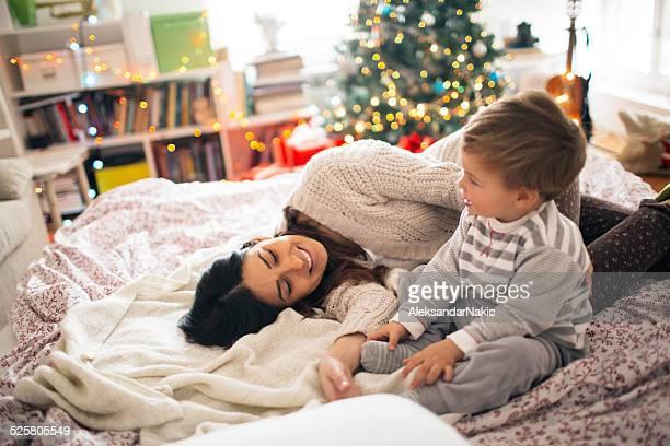 Weihnachten Morgen im Bett