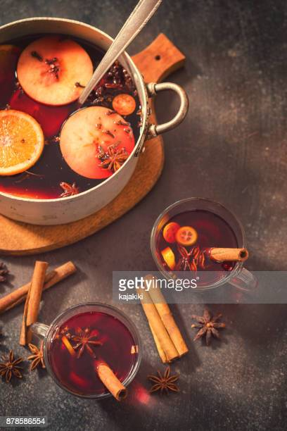 christmas mulled wine - hot tea stock pictures, royalty-free photos & images