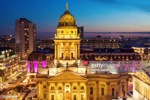 christmas on gendarmenmarkt at night - gendarmenmarkt stock pictures, royalty-free photos & images