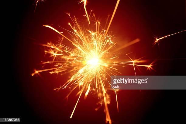 クリスマスのお祝い daisycutter 、ファイヤークラッカー、sparkler.イエローの輝きで、レッド