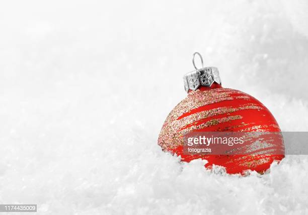 christmas ornament on snow - fake snow stock pictures, royalty-free photos & images