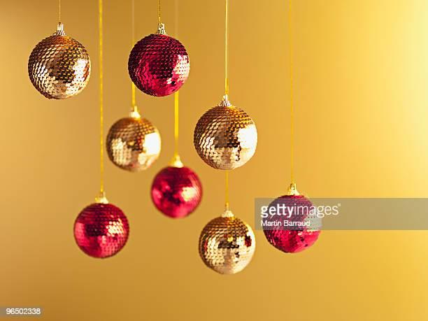 クリスマスの装飾品をぶら下げストリング