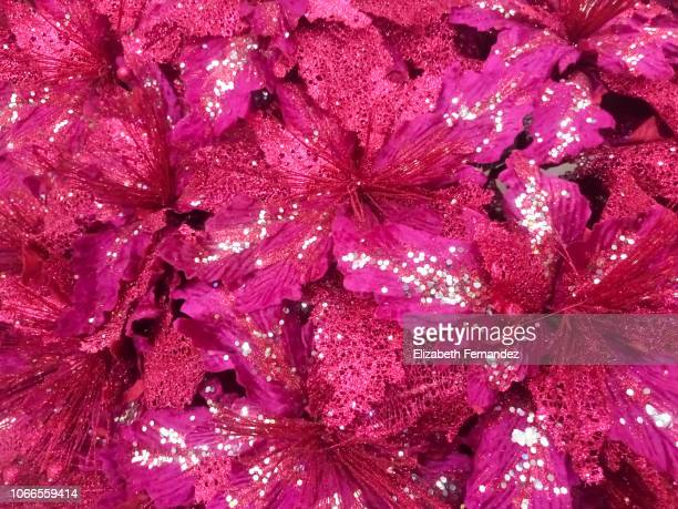 christmas ornaments on sale at christmas - pink sparkles stock pictures, royalty-free photos & images
