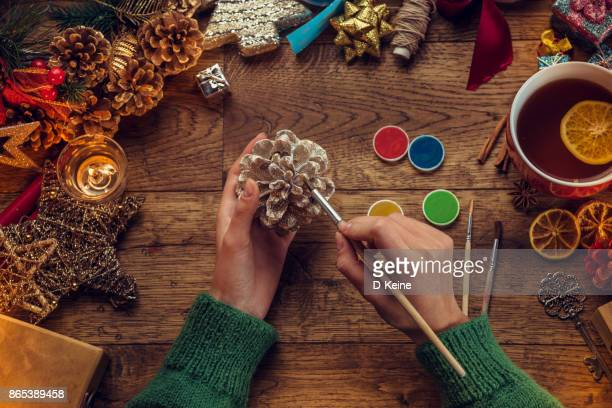 christmas - pinecone stock pictures, royalty-free photos & images