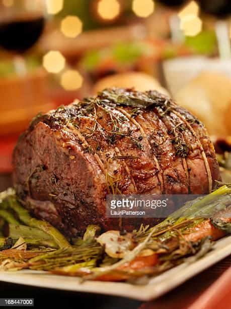 Carne de res asada de la cena de Navidad