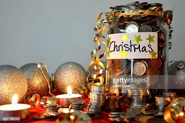 christmas savings - christmas cash stock pictures, royalty-free photos & images