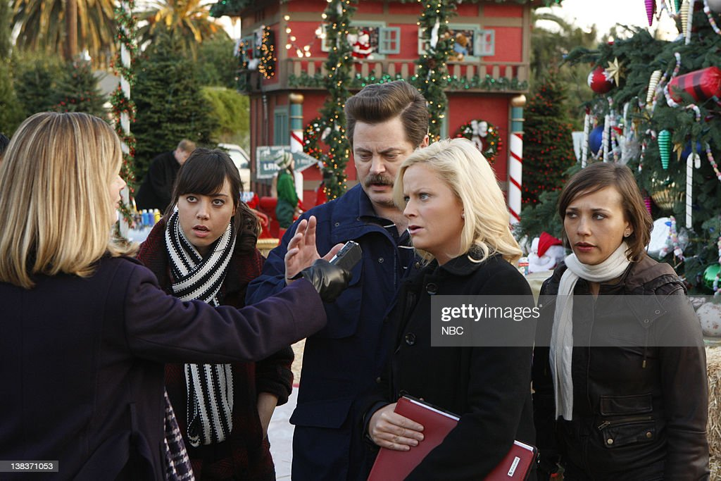 Parks And Rec Christmas Episodes.Recreation Christmas Scandal Episode 212 Air Date