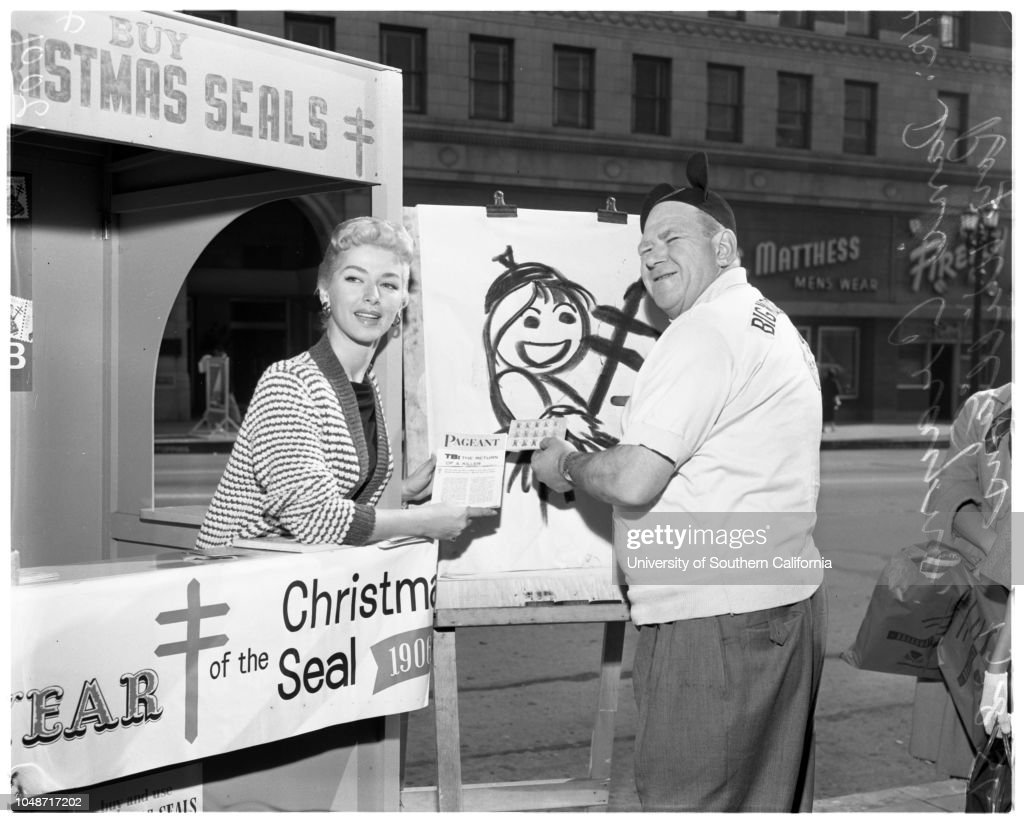 Christmas seal booth at Hollywood Boulevard and Vine Street, 8 ...