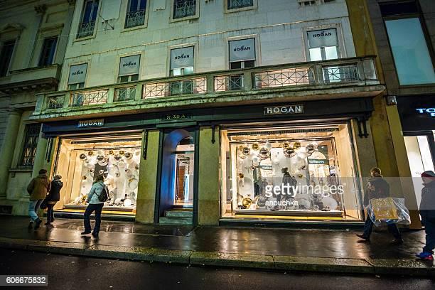 Christmas shopping in Milan, Hogan store