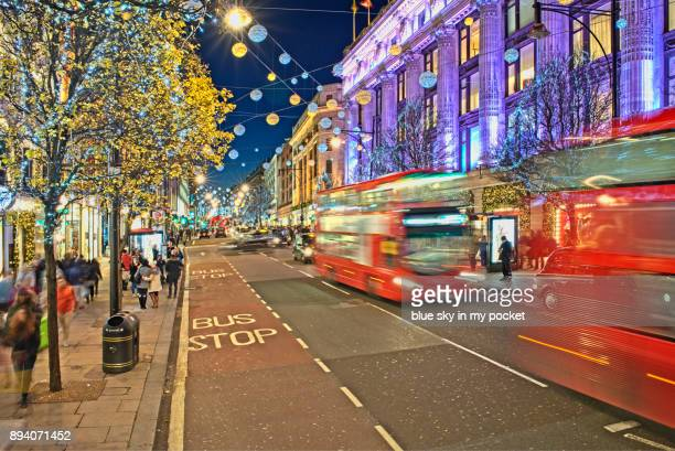 christmas shopping, london, oxford street. - rua oxford - fotografias e filmes do acervo