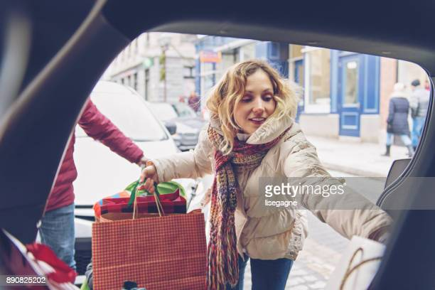 christmas shopping - car trunk stock pictures, royalty-free photos & images