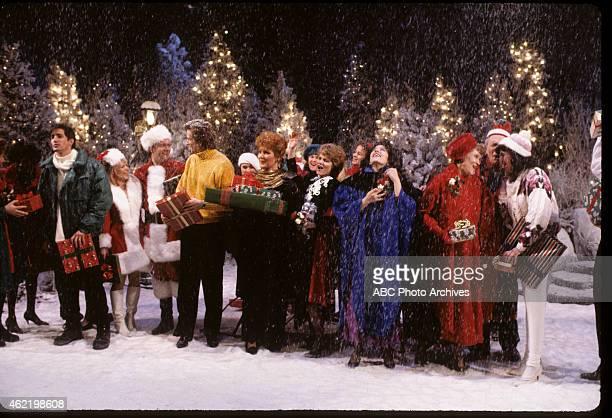 LOVING Christmas Show Coverage Shoot Date December 6 1990 QUINN