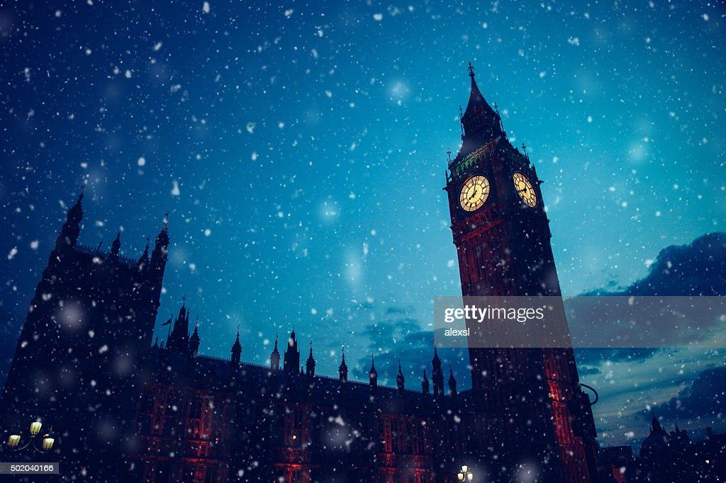 Christmas snow in London : Stock Photo
