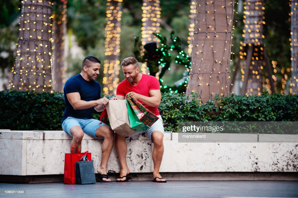 Christmas summer with multi-ethnic gays : Stock Photo