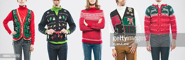 christmas sweater personen - ugly people stock-fotos und bilder