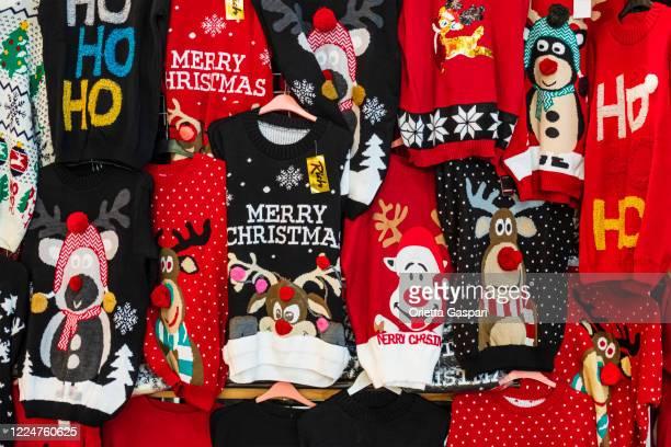 kersttruien - christmas jumper stockfoto's en -beelden
