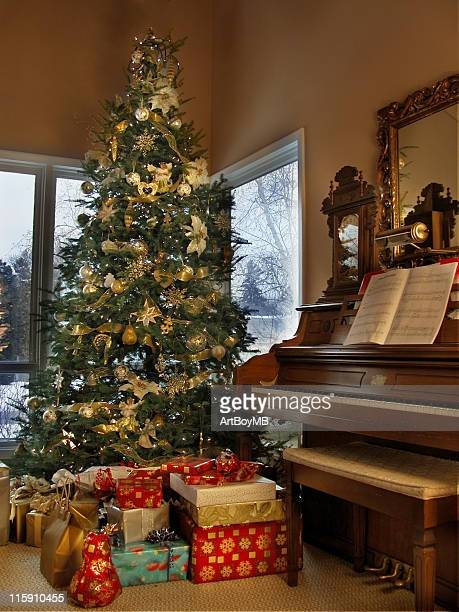 Christmas Tree and music