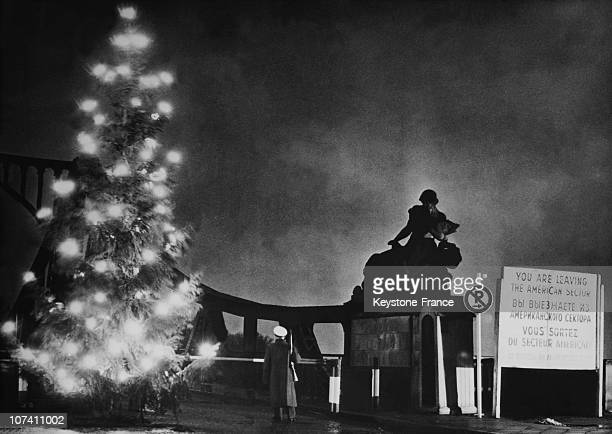 Christmas Tree At Berlin Wall On December 13Th 1958