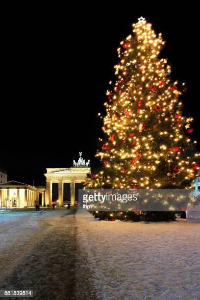 Christmas tree near Brandenburger Tor (Brandenburg Gate) and Pariser Platz (Berlin, Germany)