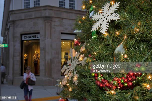A Christmas tree on Worth Avenue