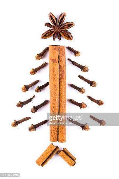 christmas weihnachtsbaum - gewürznelke stock-fotos und bilder