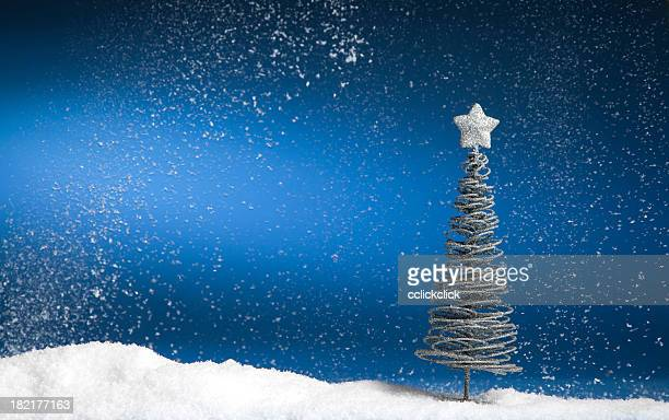 christmas tree - fake snow stock pictures, royalty-free photos & images