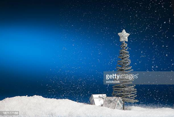 christmas tree & presents - fake snow stock pictures, royalty-free photos & images