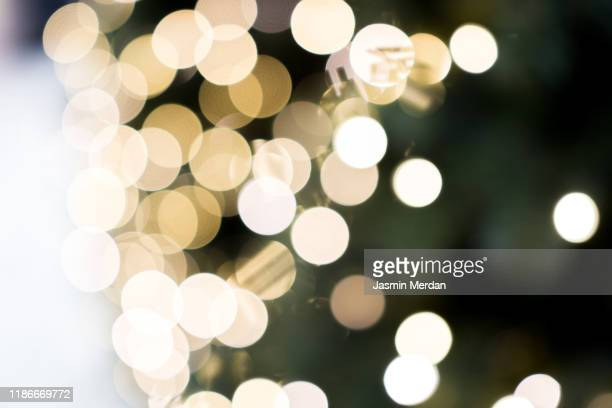 christmas tree with bokeh light - 季節 ストックフォトと画像