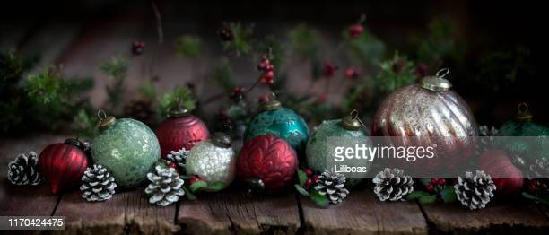 222 Old Fashioned Glass Christmas Ornaments Photos And Premium High Res Pictures Getty Images