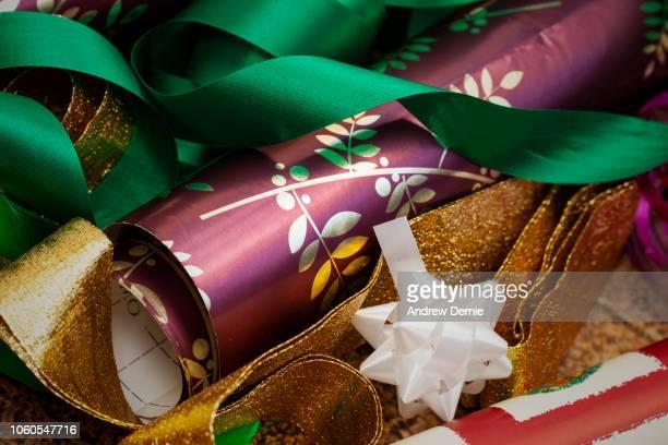 christmas wrapping materials - andrew dernie stockfoto's en -beelden