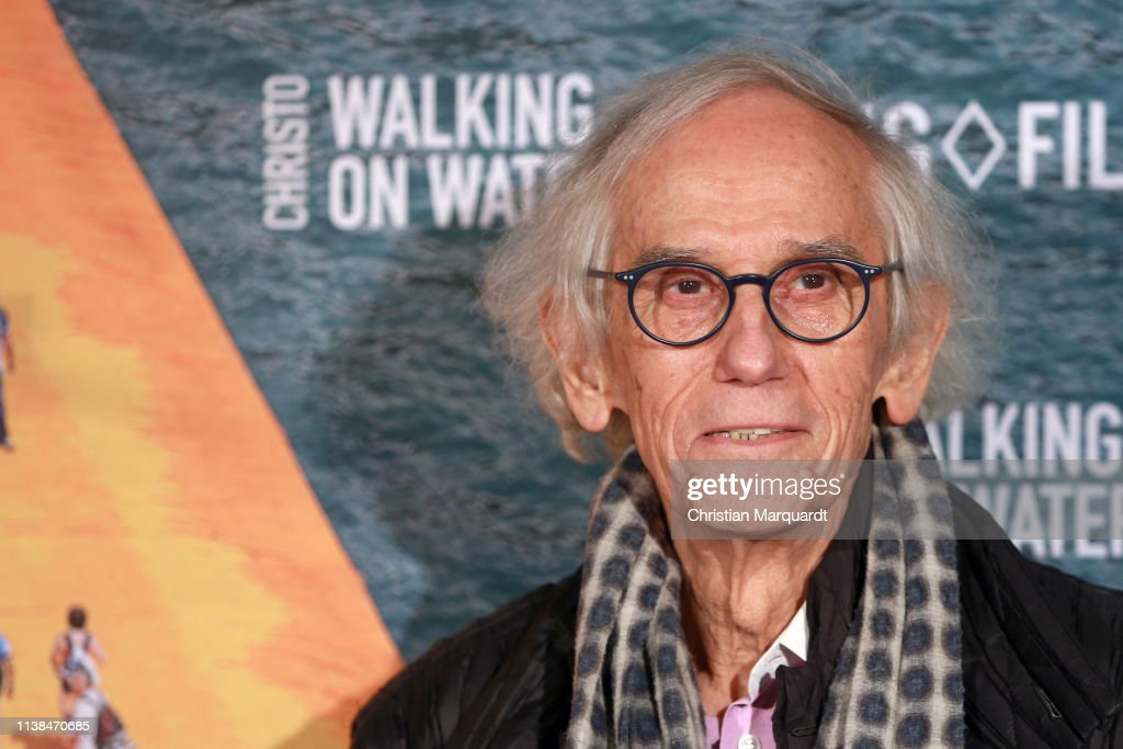 """DEU: """"Christo - Walking on Water"""" Premiere in Berlin"""