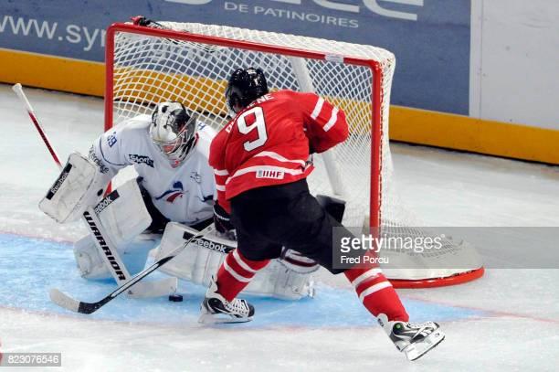 Christobal HUET / Matt DUCHENE Hockey sur Glace France / Canada Match amical Palais Omnisport Paris Bercy