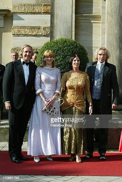 Christoph Gotschalk Mit Ehefrau + Thomas Gottschalk Mit Ehefrau Thea Bei Der Eröffnung Der Bayreuther Festspiele