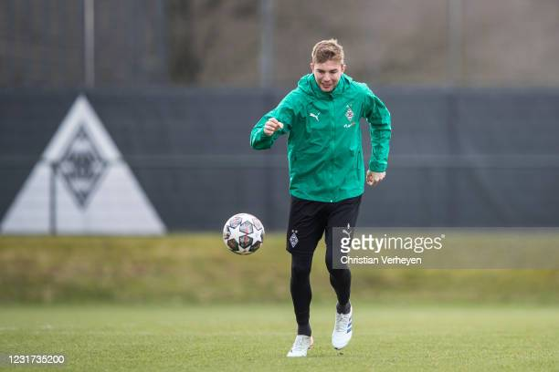 Christoph Kramer of Borussia Moenchengladbach in action during a training session ahead the UEFA Champions League Round Of 16 Leg Two match between...