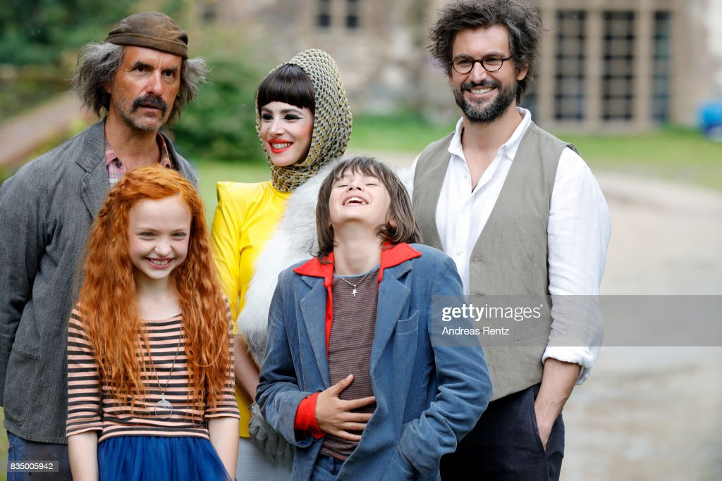Christoph Maria Herbst, Malu Leicher, Aylin Tezel, Aaron Kissiov and Tom Beck pose for photographs during a set visit of 'Liliane Susewind' on August 18, 2017 in Schleiden, Germany.