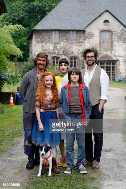 Christoph Maria Herbst Malu Leicher Aylin Tezel Aaron Kissiov and Tom Beck pose for photographs during a set visit of 'Liliane Susewind' on August 18...