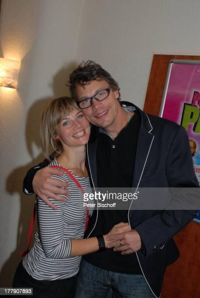 Christoph Sieber und seine Freundin TheaterGala 'Das große Kleinkunstfestival für Kabarett Comedy und Musik' der Wühlmäuse 2010 mit Feier zum...
