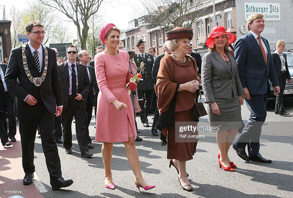HRH Queen Beatrix Of The Netherlands And Crown Prince Couple Willem Alexander And Maxima On Germany Visit - Day 4