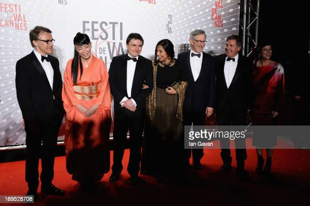 Christoph Waltz Naomi Kawase Cristian Mungiu Vidya Balan Steven Spielberg Daniel Auteuil and Lynne Ramsay attend the Palme D'Or Winners dinner during...