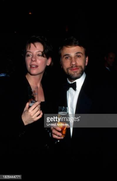 Christoph Waltz und Judith Holste bei der Verleihung des Telestar 1998 in Köln, Deutschland 1998 im Maritim Hotel(.