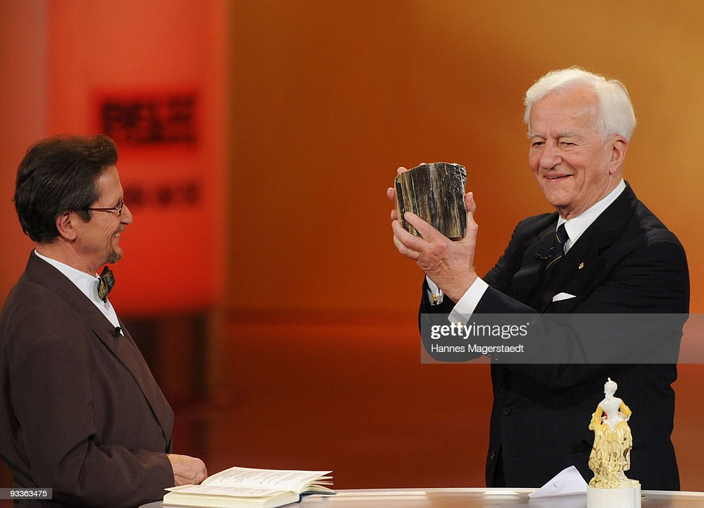 Christoph Wonneberger and Richard Freiherr von Weizsaecker during the annual Corine awards at the Prinzregenten Theatre on November 24, 2009 in Munich, Germany. The Corine Awards are considered as one of the most prestigious German prizes for literature.