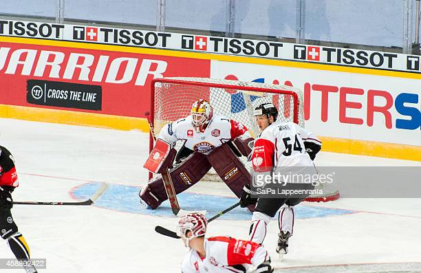 Christophe Bays of Geneve Servette is ready to stop a shot during the Champions Hockey League round of 16 second leg game between SaiPa Lappeenranta...