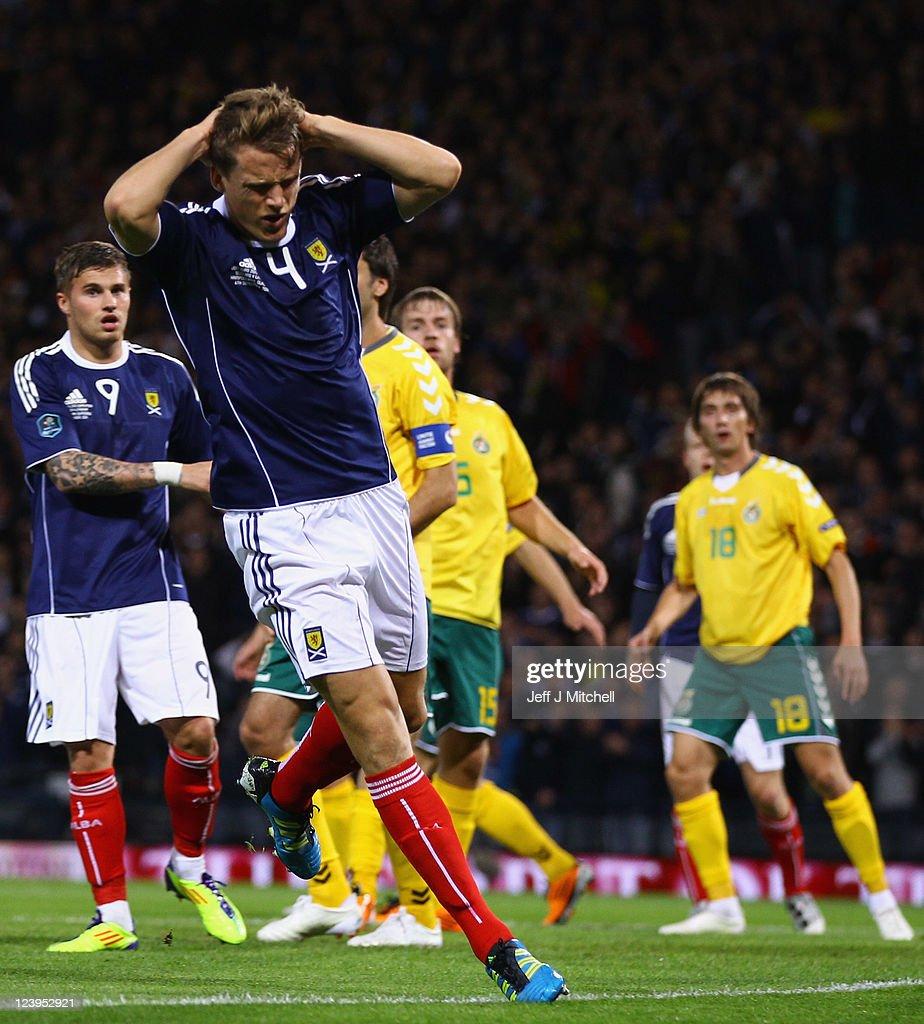 Scotland v Lithuania - EURO 2012 Qualifier