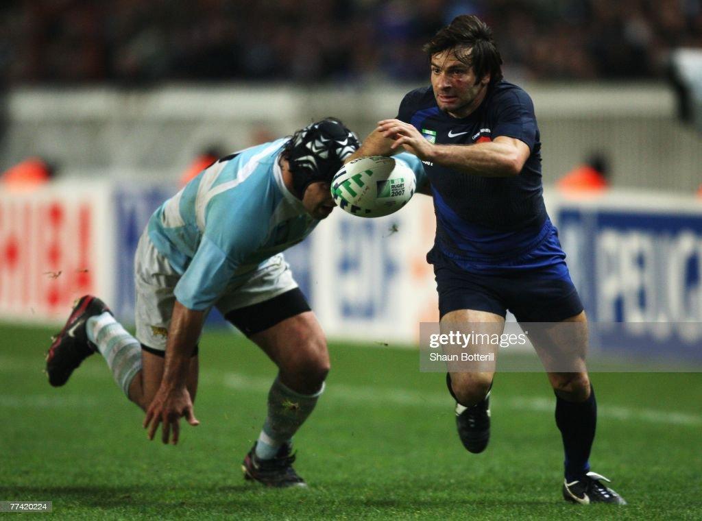 2007 RWC Bronze Final - France v Argentina : News Photo