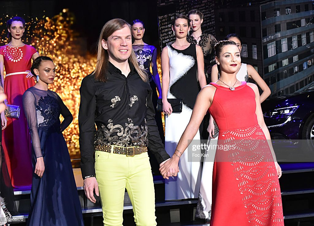 Christophe Guillarme : Runway - Paris Fashion Week Womenswear Fall/Winter 2016/2017